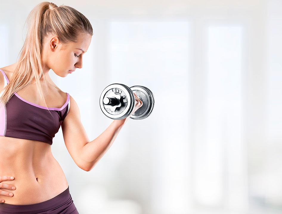 mujer pesa