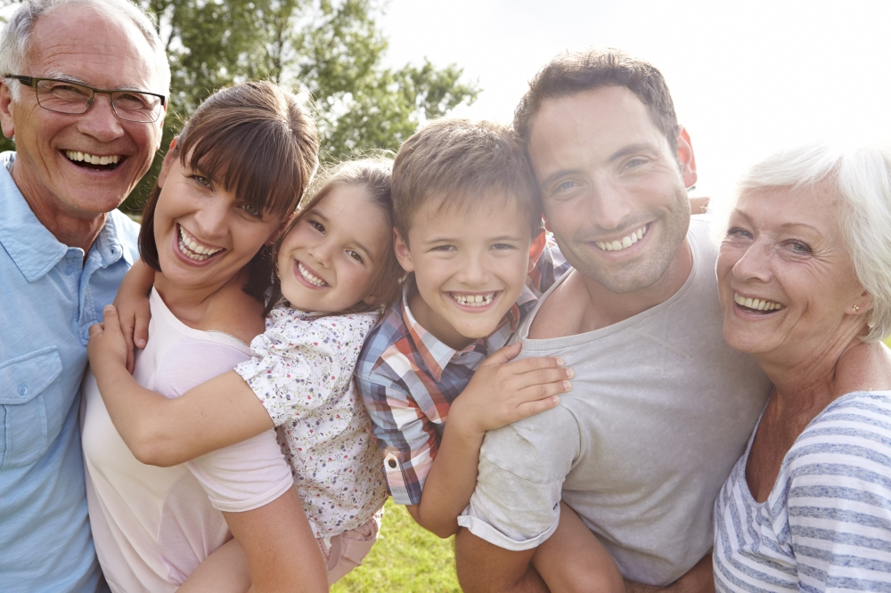 familia, nuera y yerno