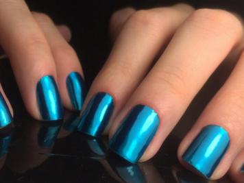 Instagram @minxrussia uñas y Maquillaje