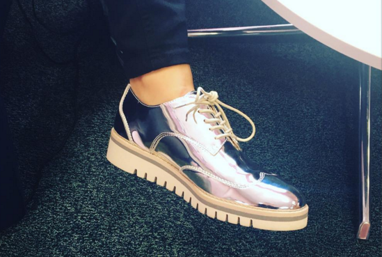 Instagram @_noemi_deluca Zapatos, sandalias y deportivas